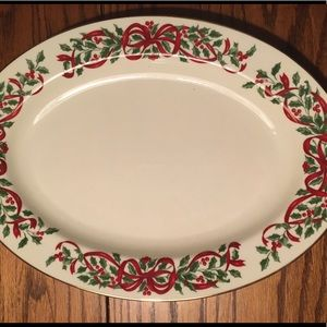 "Bonton Centurion Collection 14""Oval Platter Ribbon"